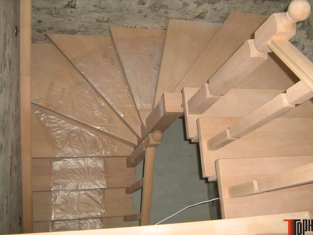 Отделать бетонную лестницу деревом своими руками 41